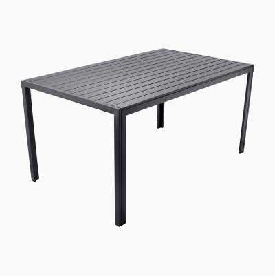 GARDEN DINING TABLE POLYWOOD