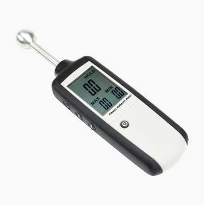 Moisture & humidity meter