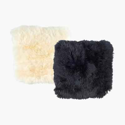 SHEEP SKIN SQUARE 40×40 WHITE