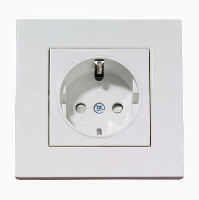 DESIGN 1-WAY OUTLET EARTHED