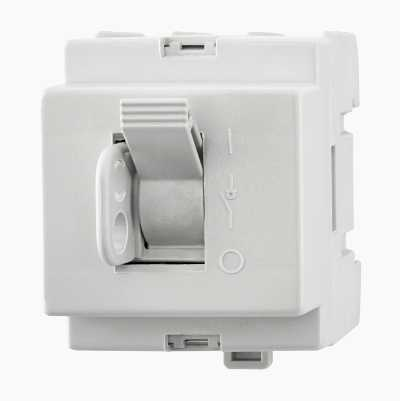 MAIN SWITCH 3-POL 40A