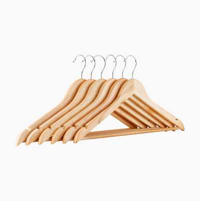 WOODEN CLOTH HANGERS 6P