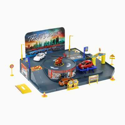 GARAGE PLAYSET WITH 4 VEHICLES