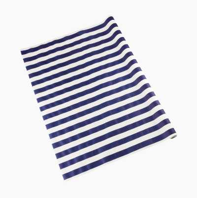 TABLECLOTH IN ROLL