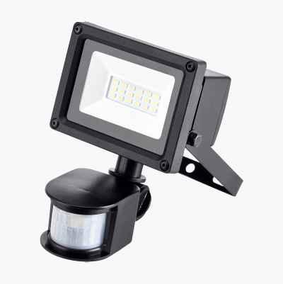 LED-valonheitin, jossa liiketunnistin