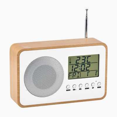 Clockradio med indbygget termometer