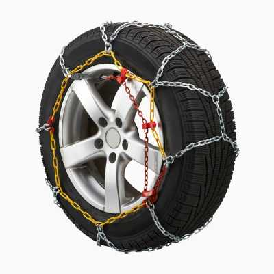 2 snow chains.