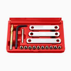 Screw thread repair kit, brake calliper